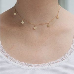 Jewelry - HP ✰ Dainty gold star choker necklace
